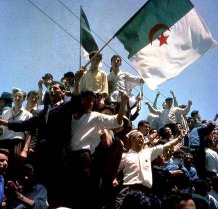 La reconstruction d'un pays, la construction d'un Etat : l'Algérie au lendemain de son indépendance(1962-1965)
