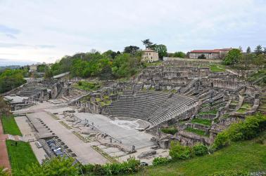 Les théâtres romains sur la colline de Fourvière datant du Ier siècle ap. J.-C.
